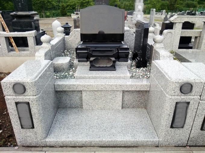 洋型墓石[YKD]・4㎡丘カロート型外柵[G623]
