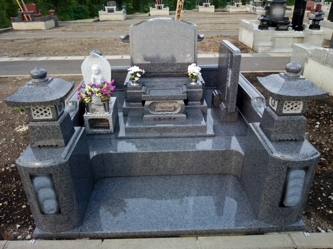 洋型墓石 [G654平和]・4㎡2段式外柵[G654平和]