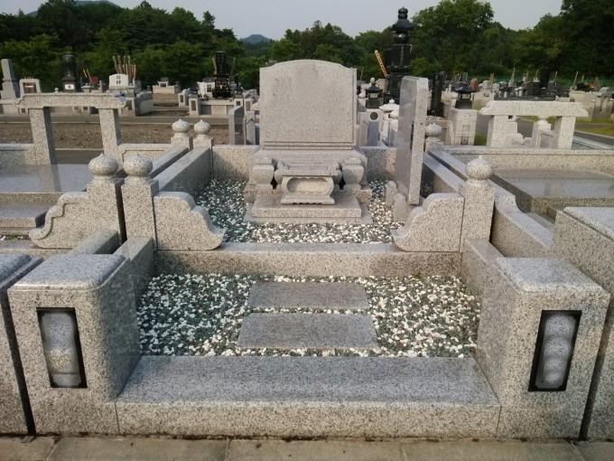 洋型墓石 [G614]・6㎡2段式外柵[G623]
